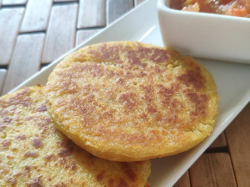 Arepas-fritas-de-maiz-Aceites-y-Esparcibles-Premier